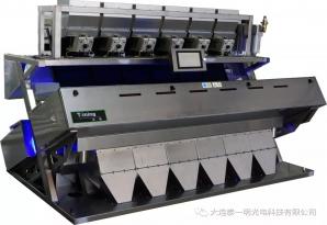 大米色选机的筛选不同于其它粮食原料的筛选